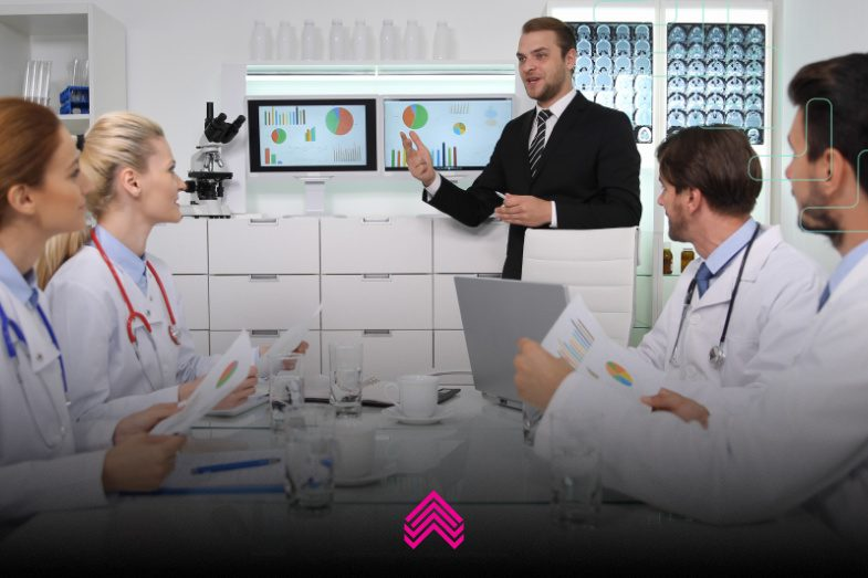Confira no artigo os principais passos para otimizar o planejamento financeiro de clínicas médicas e de SST.